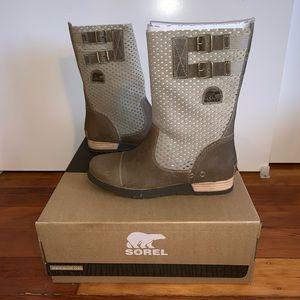 NWT Sorel Major Pull On Boots